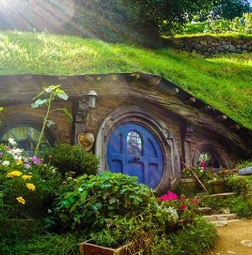 The Hobbiton, Lord of The Ring Movie Set, New Zealand