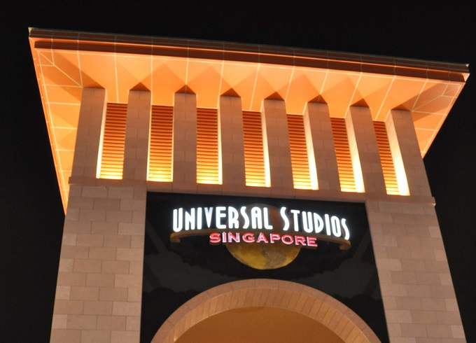 USS Entrance Archway - Universal Studios Singapore