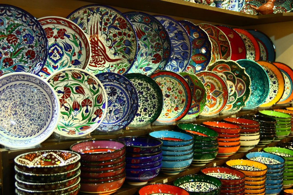Craft plate at Grand Bazaar, Istanbul, Turkey