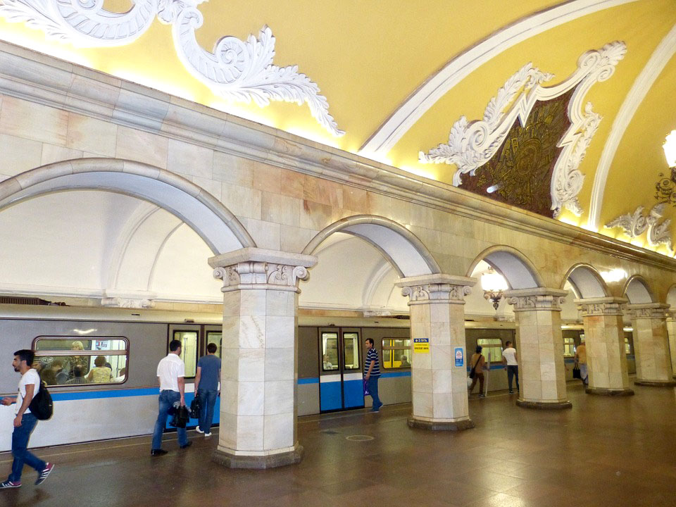 moscow-metro-station-1