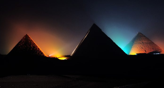 pyramids-sound-light-show
