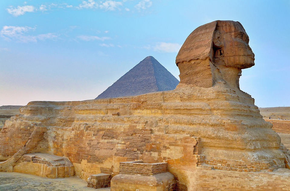 sphinx-pyramid-egypt-tours