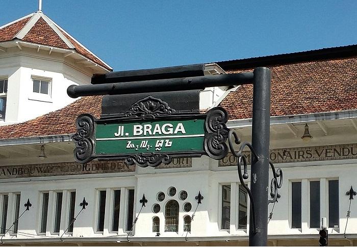 Jalan Braga Bandung Hotel Terdekat Tur Wisata Xelexi